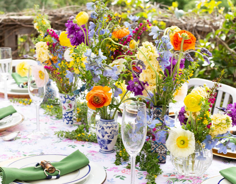 """Florals For Spring. Create A """"Groundbreaking"""" Table Setting"""